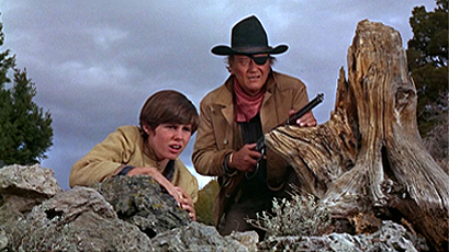 John Wayne Kim Darby True Grit 1969 movieloversreviews.filminspector.com