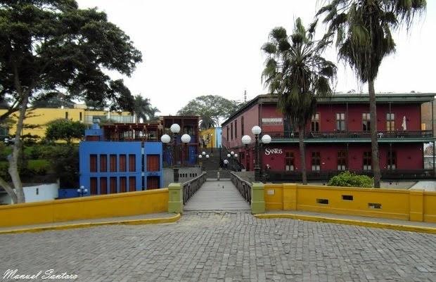 Lima, Barranco. Puente de los Suspiros