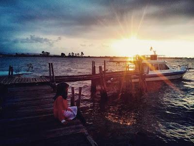 sunset di pantai marina semarang