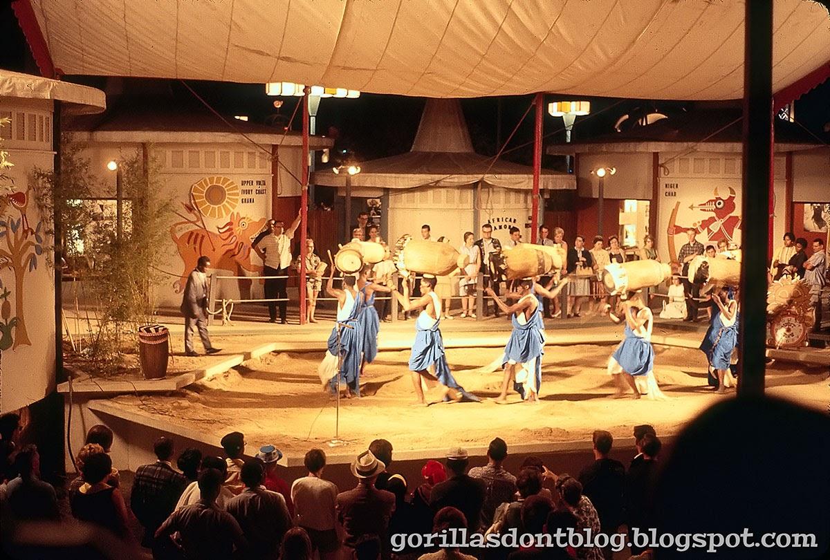 GORILLAS DON\'T BLOG: \'64 New York World\'s Fair at Night ...