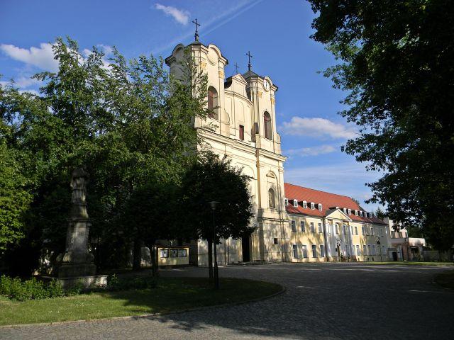 kościoły w Obrze