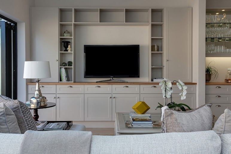 Apartment Contemporary Furniture Flat Screen Television