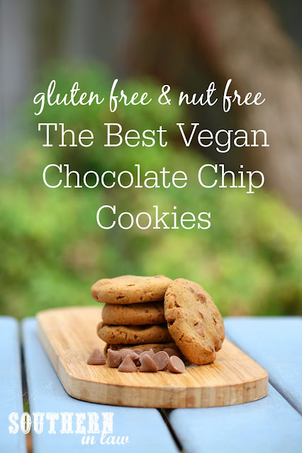 The Best Vegan Chocolate Chip Cookies Recipe – low fat, gluten free, vegan, refined sugar free, dairy free, egg free, nut free,  clean eating recipe