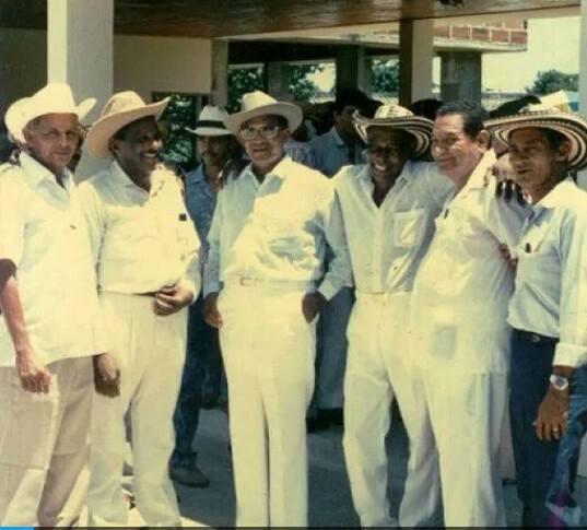 Juglares del vallenato:   Abel Antonio Villa, Luis Enrique Martínez, Alejo Durán,  Andrés Landero, Náfer Durán.