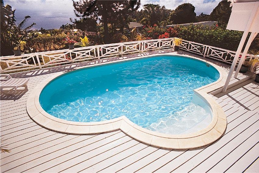 Tout sur les piscines entretien astuces et bons plans for Liner piscine turquoise