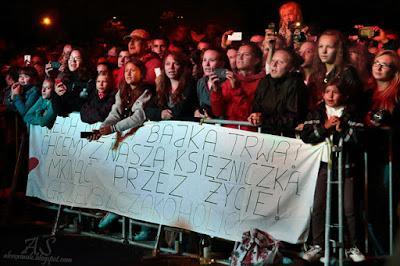 Sylwia Grzeszczak Koncert Kobierzyce 24.08.2014 fani, fanclub Sylwi Grzeszczak, Grzeszczakoholicy