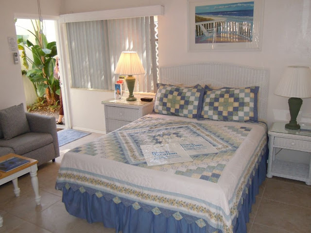 Cottages by the Ocean is a small, well-kept property of charming Key West-style studio and one-bedroom cottages in Pompano Beach. A White Glove award-winner and nationally rated as a Superior Small Lodging.