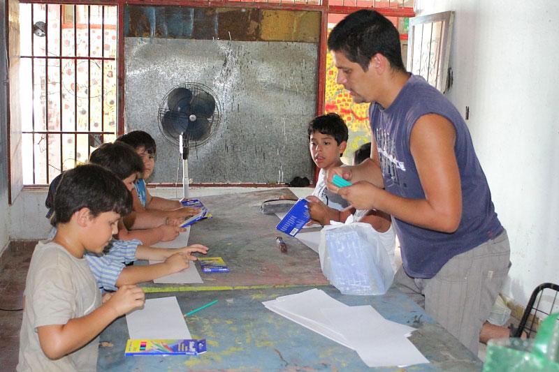 Comenzo El Taller De Reciclado Y Juegos Acuaticos Para Chicos Casa