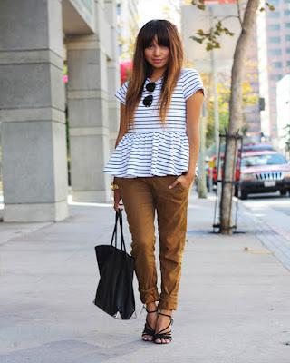 outfit juvenil casual de verano con blusa de rayas tumblr