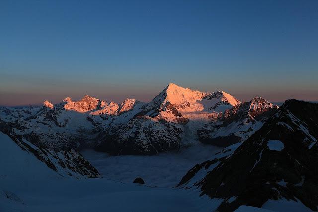 Wschód słońca widziany z góry Dom