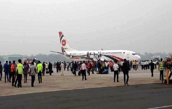 Bangladesh Plane Hijack बड़ी खबर - बांग्लादेश में विमान को हाईजैक करने की कोशिश, इमरजेंसी लैंडिग के बाद आरोपी गिरफ्तार
