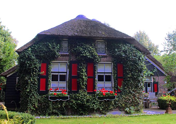 amsterdam-usengec-sef-pegasus-deklancheur-giethorrn
