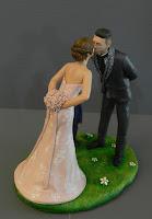 cake topper artistici bacio sposini figlio realistico milano orme magiche