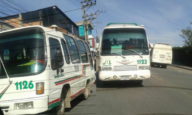 Ciudadana denuncia imprudencias de conductores de buses intermunicipales en Madrid, Cundinamarca