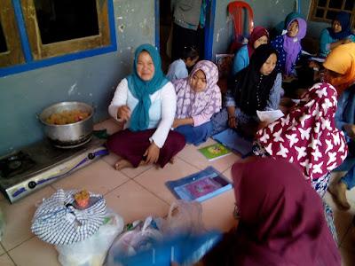 TMMD, Latih Kewirausahaan, Dorong   Perempuan Desa Jembul Mandiri