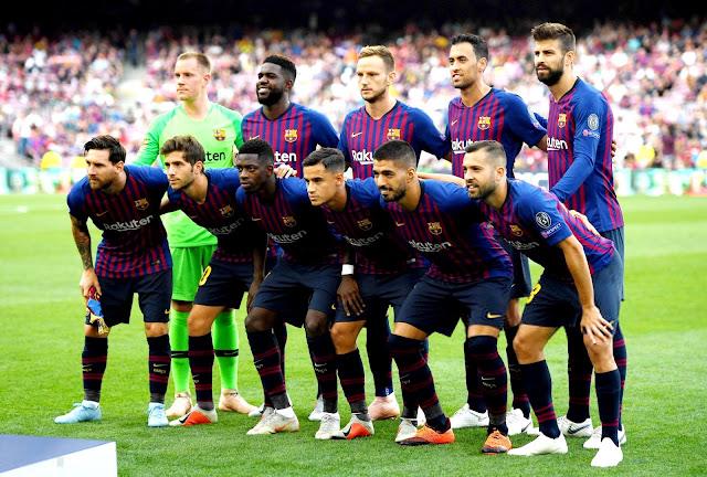 F. C. BARCELONA - Temporada 2018-19 - Ter Stegen, Umtiti, Rakitic, Busquets y Piqué; Messi, Sergi Roberto, Ousmane Dembélé, Coutinho, Luis Suárez y Jordi Alba. F. C. BARCELONA 4 (Leo Messi 3, Ousmane Dembélé) PSV EINDHOVEN 0. 18/09/2018. Liga de Campeones de la UEFA, Grupo B, 1ª jornada. Barcelona, Nou Camp.