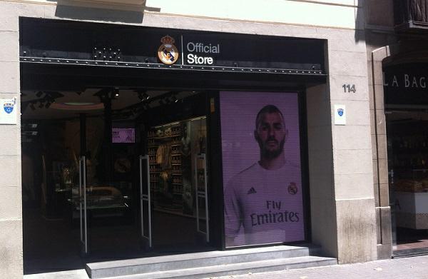 El Madrid abre otra tienda en Barcelona