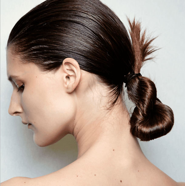 Largile pour les cheveux secs du masque