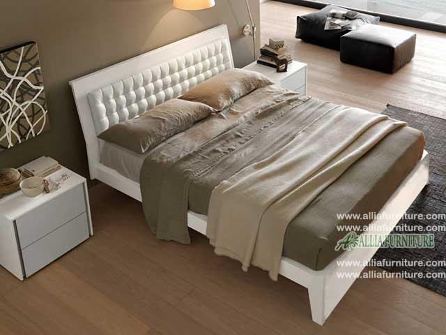 tempat tidur desain minimalis modern jazz