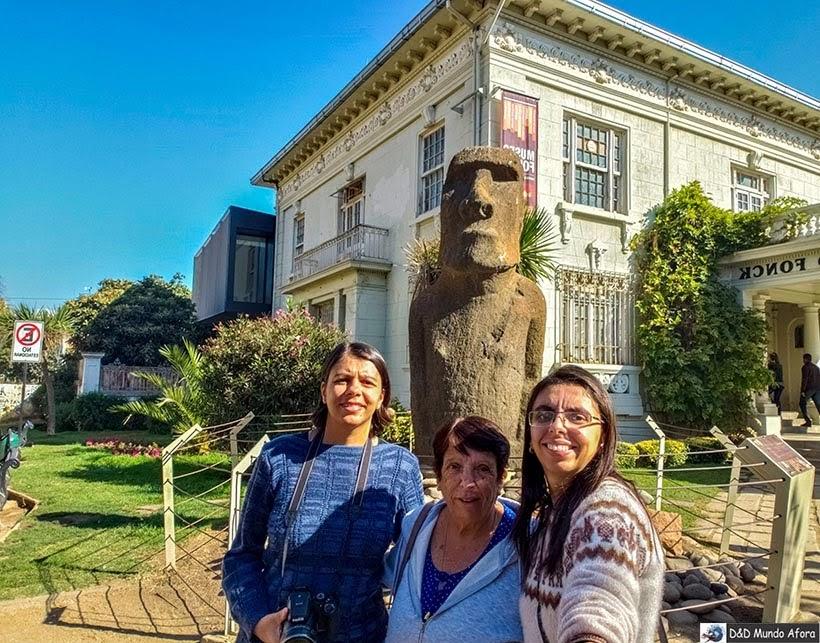 Moai da Ilha de Páscoa - O que fazer em Viña del Mar em um dia, Chile