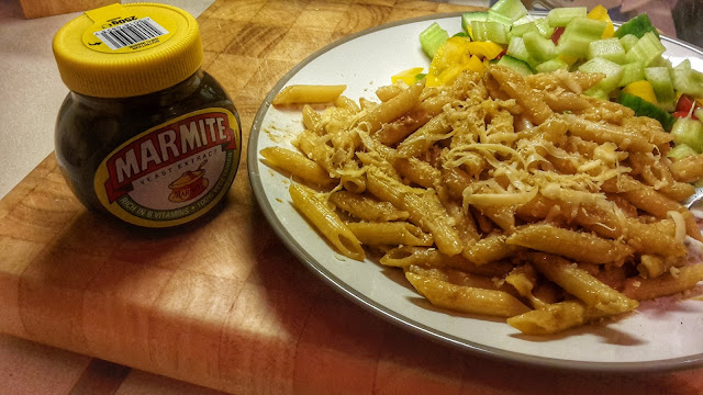 Project 366 day 365 - Vegan cheese and marmite pasta // 76sunflowers