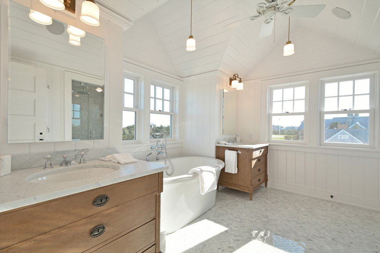 amerykańskie łazienki - styl Hamptons.
