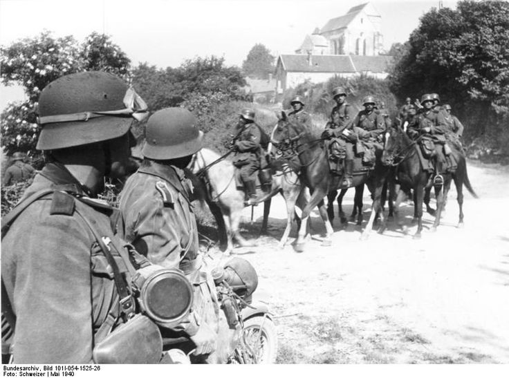 18 May 1940 worldwartwo.filminspector.com German mounted troops