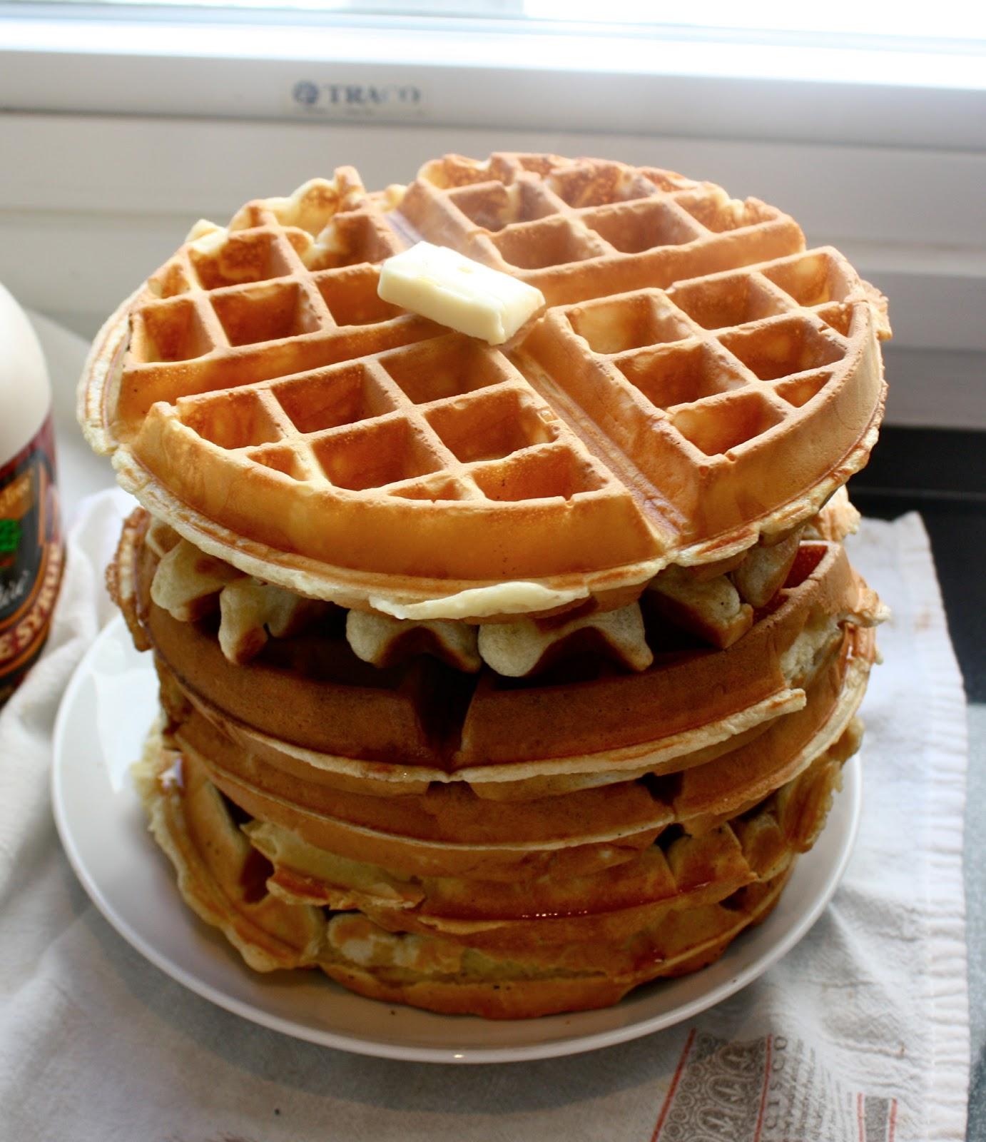 Cannella Vita: Recipe Showdown: Belgian Waffles