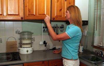 eliminare-formiche-cucina