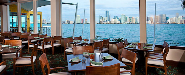 Restaurante Rusty Pelican em Miami