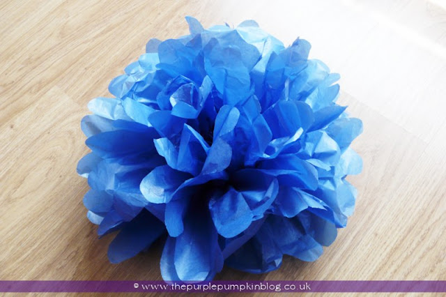 Giant Tissue Paper Rosettes at The Purple Pumpkin Blog