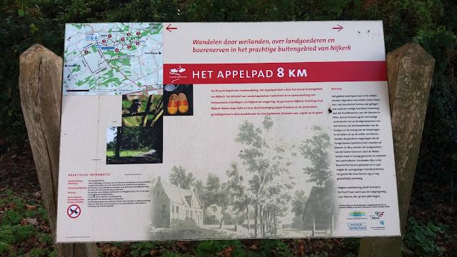 Het beginbord van het Appelpad klompenpad