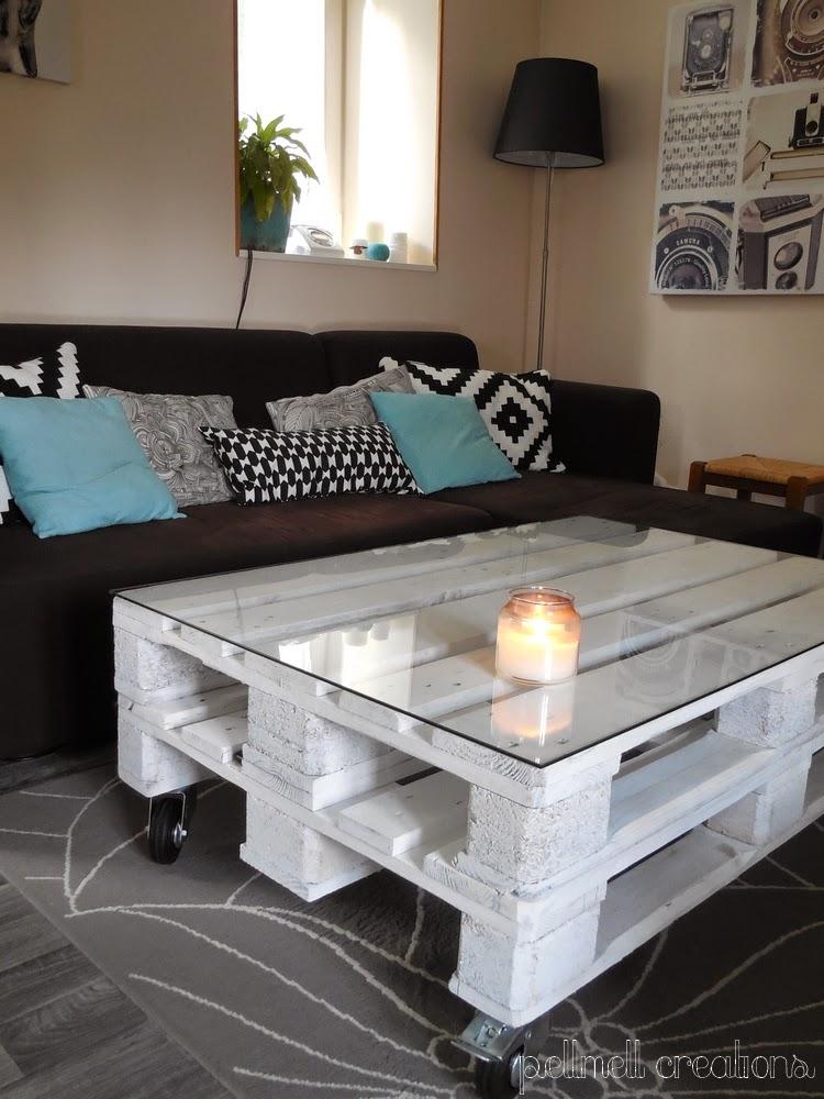 pellmell cr ations notre nouvelle table basse en palettes. Black Bedroom Furniture Sets. Home Design Ideas
