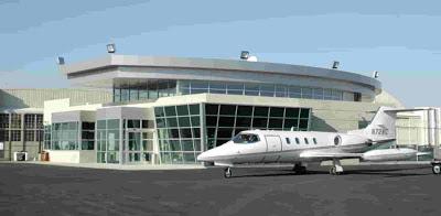 Signature Flight Support  Firma Acuerdo de Soporte de Vuelo y Combustible