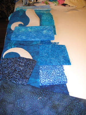 gradation of fabric colors for Poured Out quilt