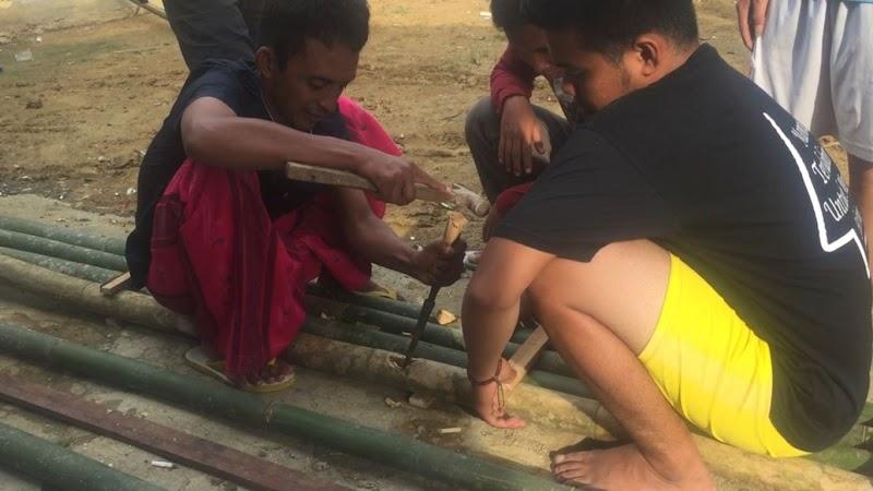 Membuat Gapura Desa Bandung
