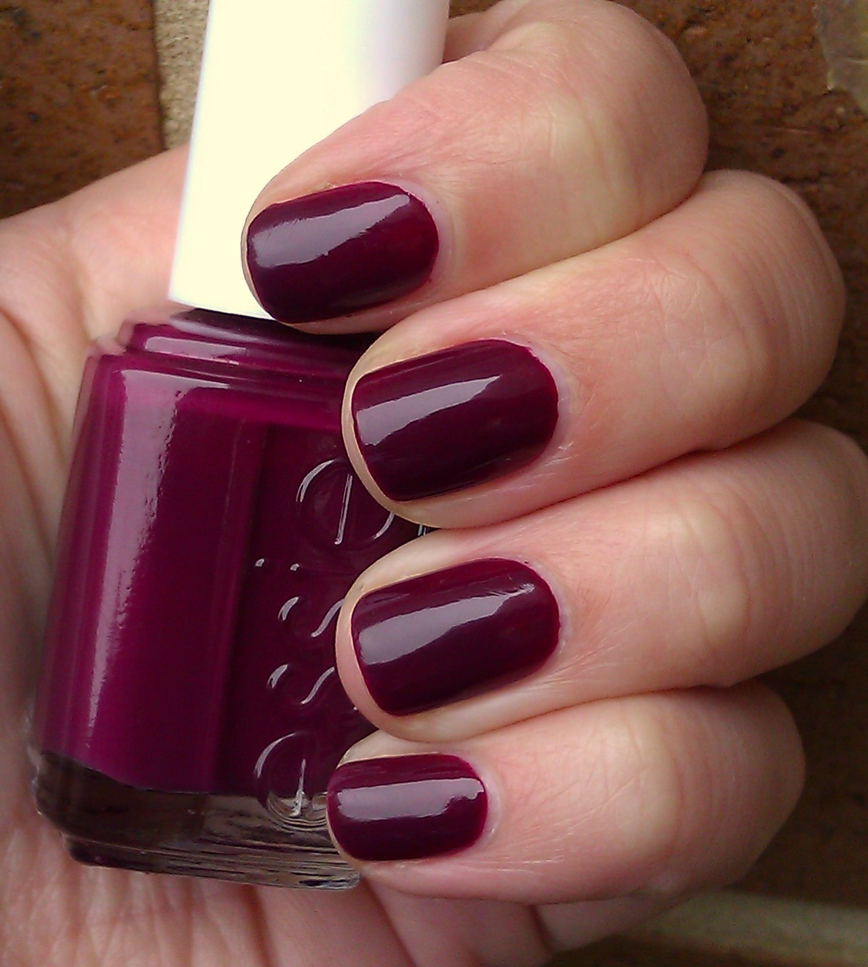 Polish or Perish: Blackcurrant Beauty - Essie Bahama Mama