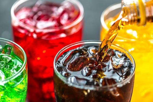 ماذا يحدث للجسم عند تناول المشروبات الغازية ؟