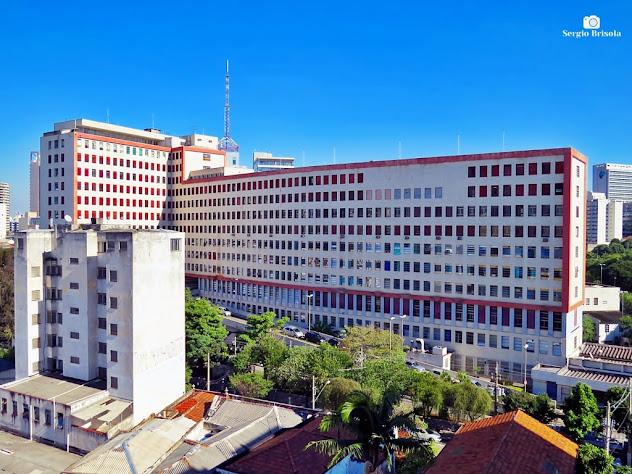 Vista ampla do Hospital do Servidor Público Municipal SP - Liberdade - São Paulo