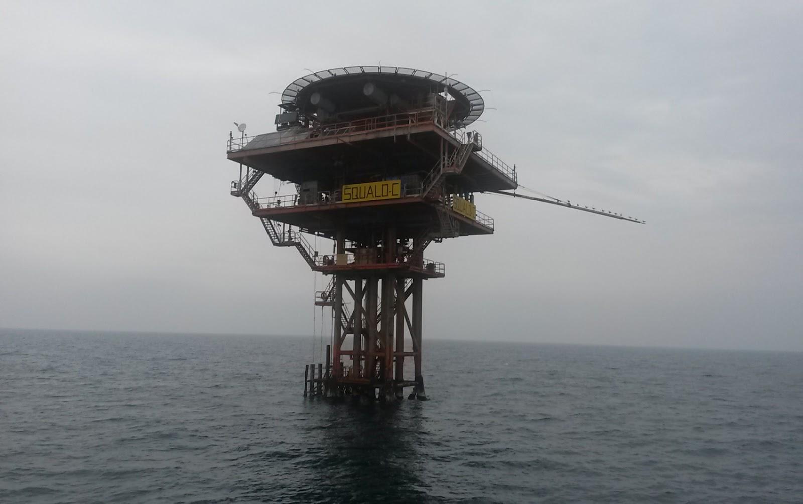 Porto di pescara piattaforme a mare abruzzo e molise for Piani di piattaforma di piattaforma