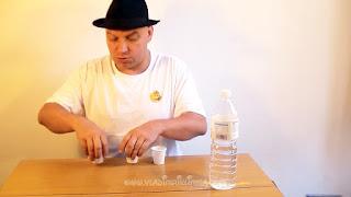Desaparecer agua. Truco de ciencia-magia revelado 03