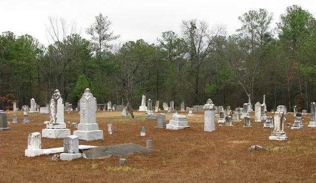 haunted Reynolds Cemetery in Michigan