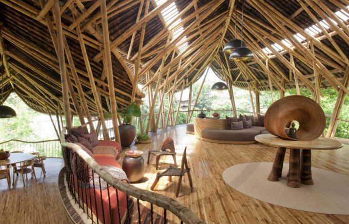 DIY%2BLuxury%2BTree%2BHouses%2B%25283%2529 10 DIY Luxury Tree Houses Interior