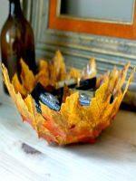 http://manualidadesparaninos.biz/bowl-de-hojas/