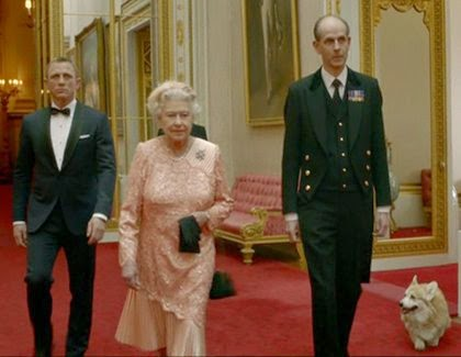 Daniel Craig as James Bond and Queen Elizabeth