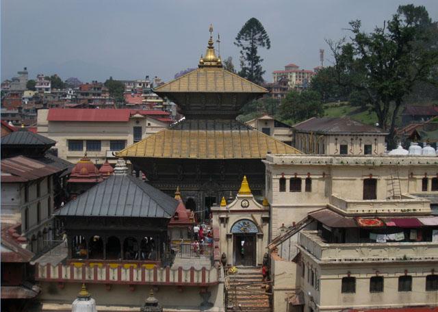 Parte principal del templo hindú Pashupatinath