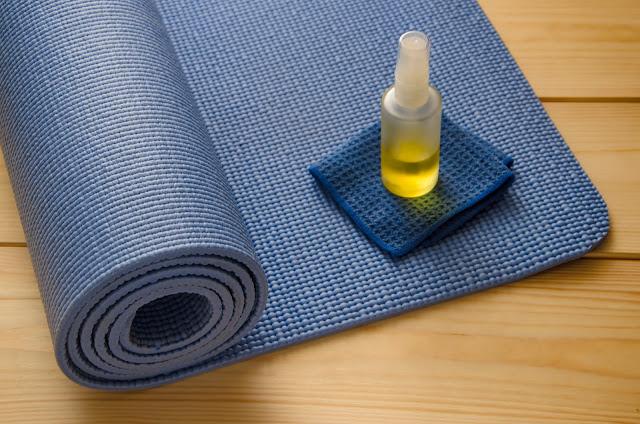 Bảo quản thảm tập Yoga đúng cách