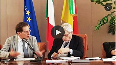 http://palermo.blogsicilia.it/piovono-quasi-6-miliardi-sulla-sicilia-il-ministro-de-vincenti-annuncia-i-cantieri-del-patto-per-lisola-foto-video/374748/