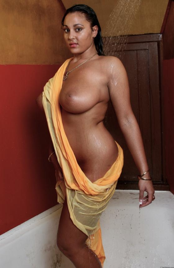 Naked girl butt selfie porn