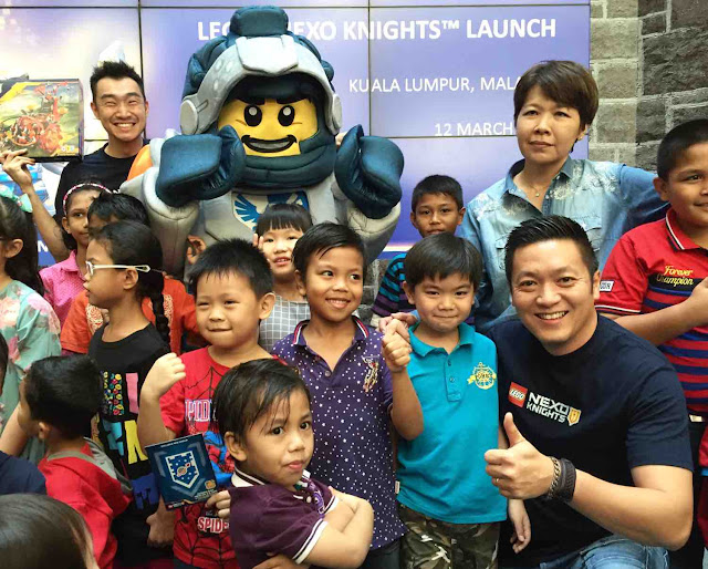 lego-nexo-knights-mascot-and-kids
